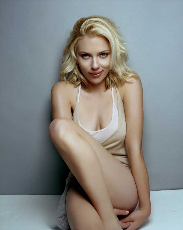 Beautiful Hollywood Babes Scarlett-Johansson