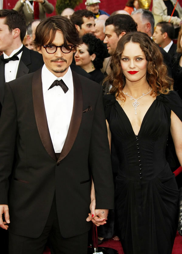 johnny depp vanessa paradis 2011. Johnny Depp And Vanessa