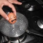 Humorous Egg Art [20 Pics]