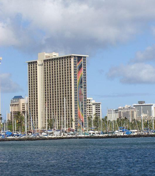 http://thewondrous.com/wp-content/uploads/2011/02/Hilton-Hawaiian-Village.jpg
