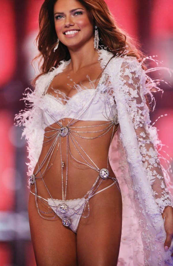 adriana lima height