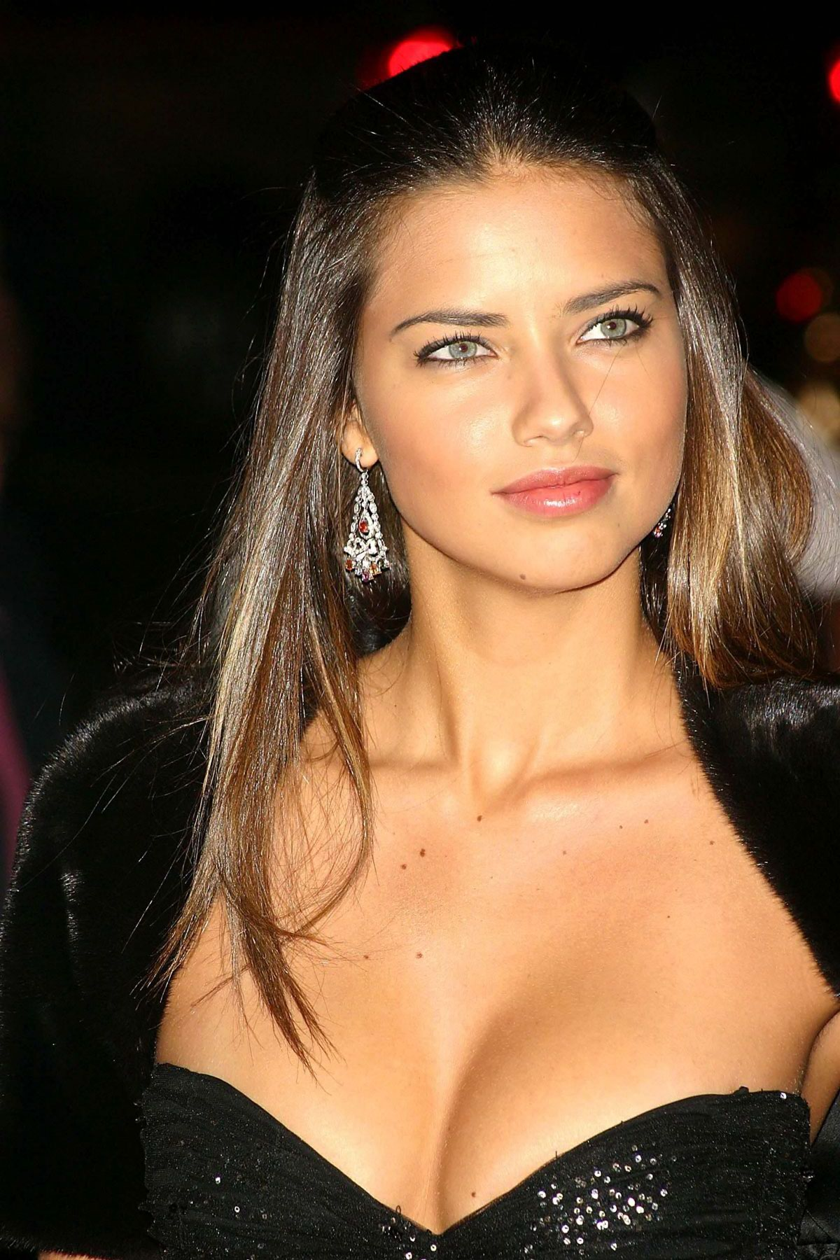 adriana lima photo gallery