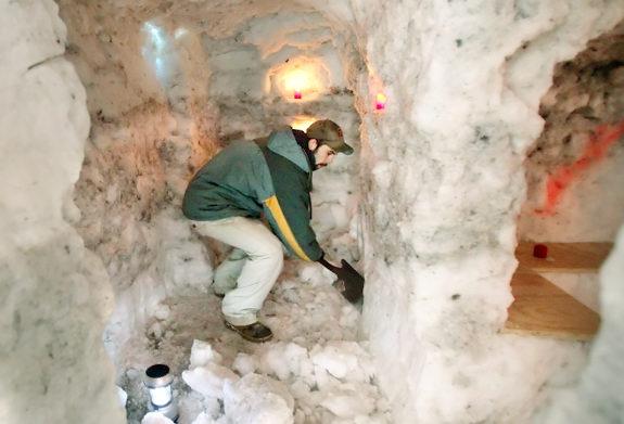 http://thewondrous.com/wp-content/uploads/2011/04/man-cave.jpg