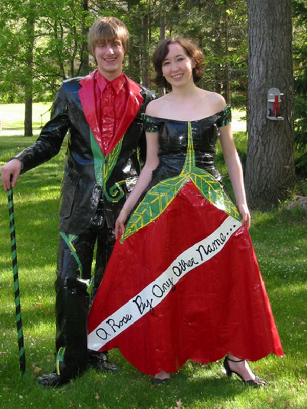 15 Most Bizarre Prom Dresses of All Time | amaz-pics