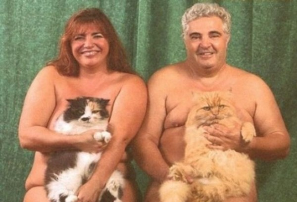 A couple who must really like their pets pose completely nude with their animals 600x408 ... Jenna Jameson naked make you wanna chop the private parts off your pet?