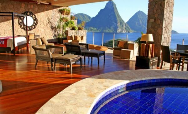 http://thewondrous.com/wp-content/uploads/2011/07/Jade-Mountain-06-600x365.jpg