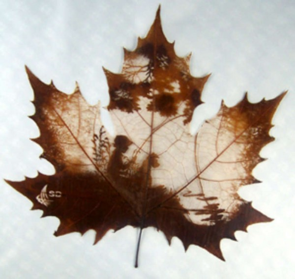 Baby in Leaf carving Picture 17