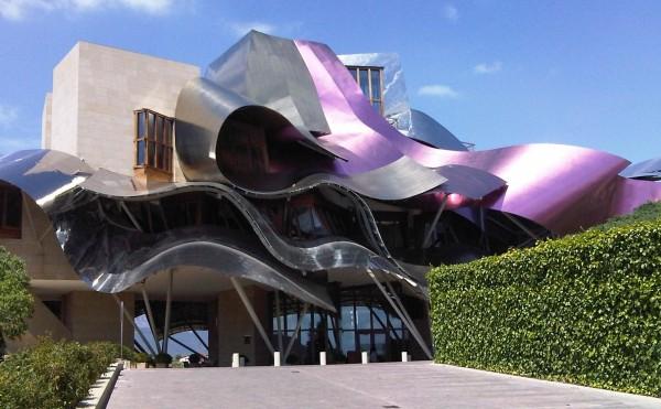 Hotel Marques de Riscal Elriego (Ισπανία), καταπληκτική και θαυμάσια ξενοδοχείο της Ισπανίας δημοσιεύτηκε από nadeen