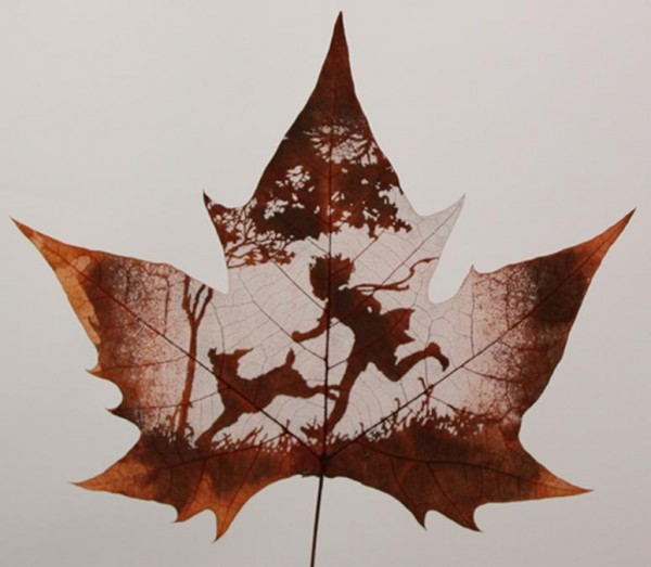 Leaf Carving Artwork baby  running 9