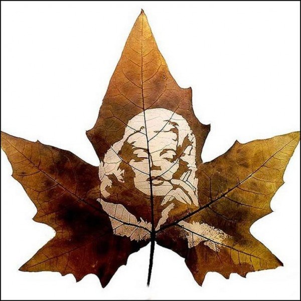 Leaf Carving Artwork  picture of a women 5