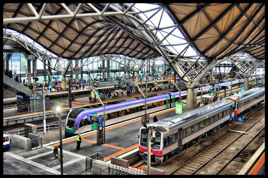 1001archives the most scenic train stations of the world. Black Bedroom Furniture Sets. Home Design Ideas