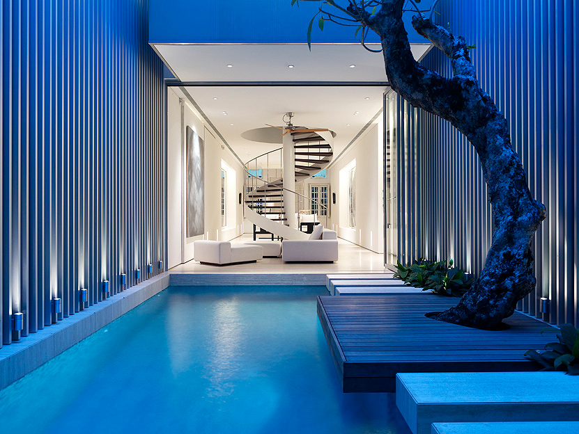 Pool At Gorgeous Modern House Where the Pool's the Star