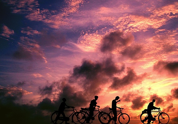 silhouette photography of Cycleing