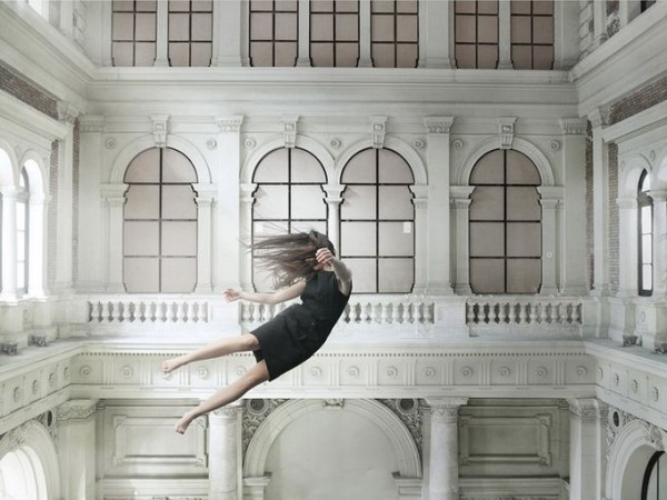 Floating Photographs by Bence Bakonyi