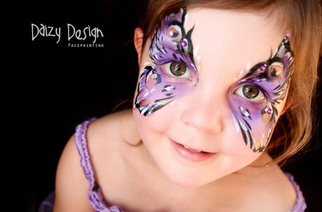 Latest Daizy Design Face Paintings