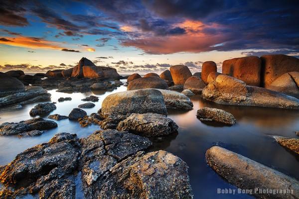 Light and Dark Rocks 2 by Bobby Bong