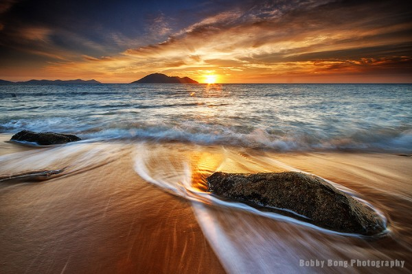 Mesmerizing Seascapes by Bobby Bong