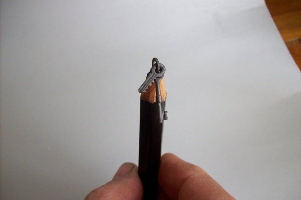 Wonderful Sculptures Made out by Pencils