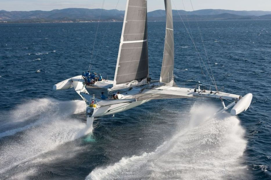 The Fastest Sailboat In The World - Hydroptere