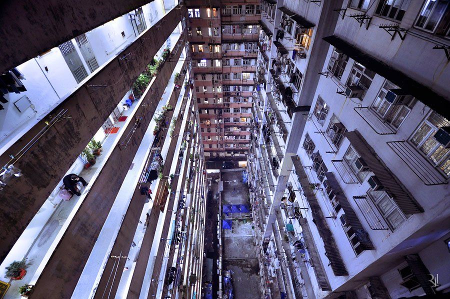 "Inspirational ""Vertical Horizons"" of Hong Kong by Romain Jacquet-Lagreze"