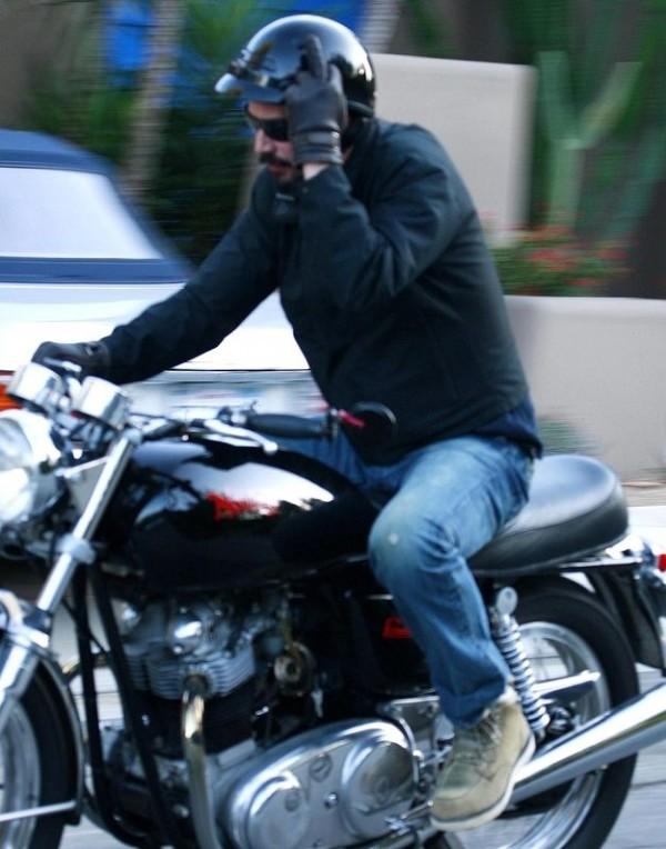 Kyanu Reeves