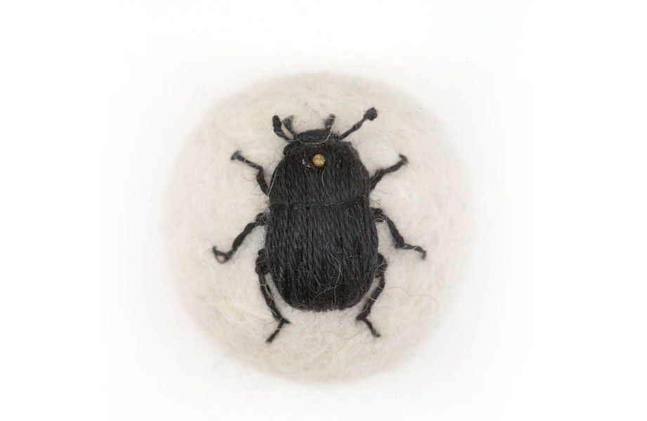 3D Embroidery Art of Insects by Claire Moynihan