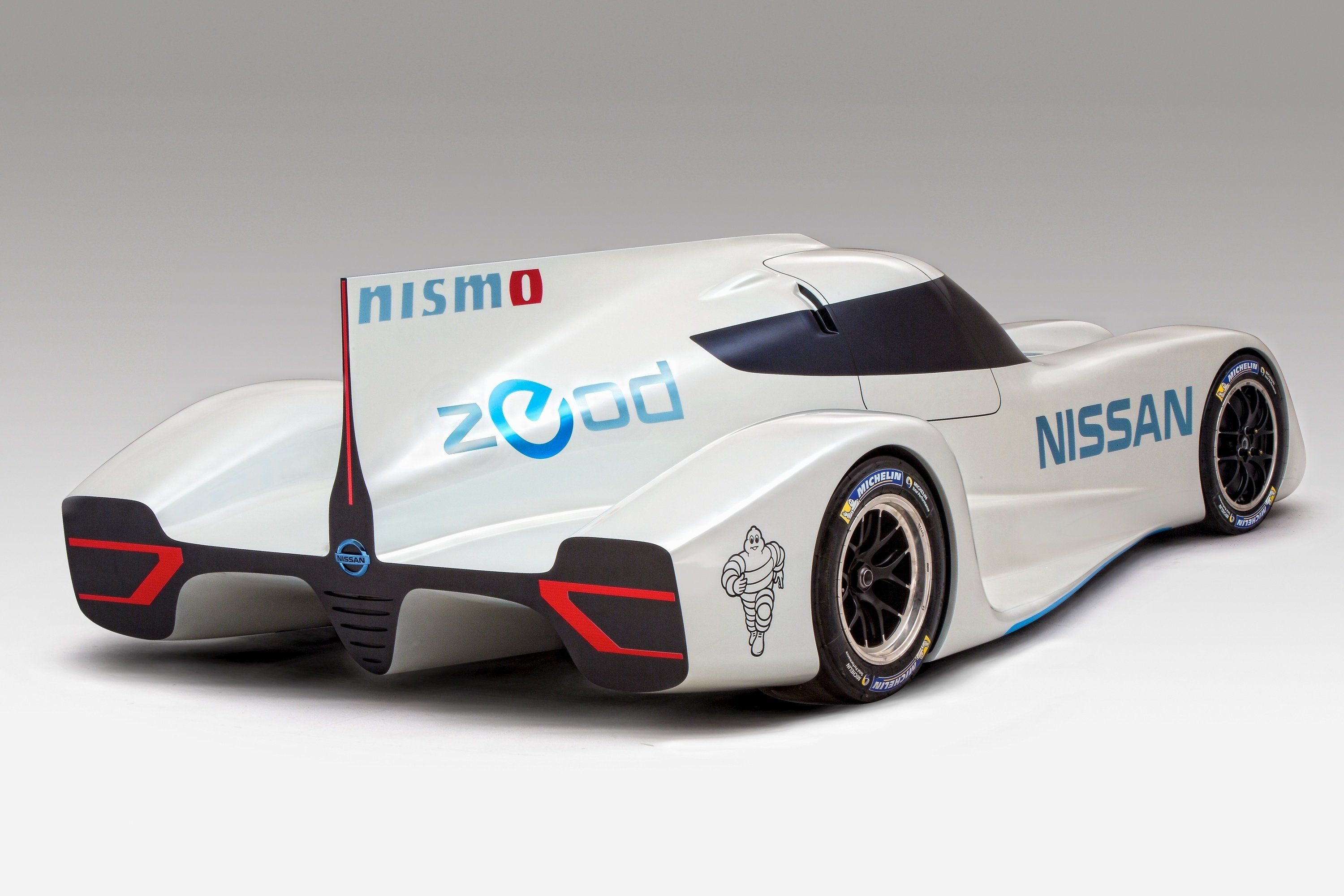 The World S Fastest Electric Racing Car Nissan Zeod Rc The