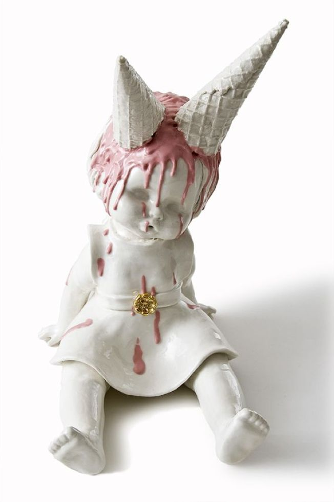 Awesomely Beautiful Porcelain Figurines By Maria Rubinke The - Amazingly disturbing porcelain figurines by maria rubinke
