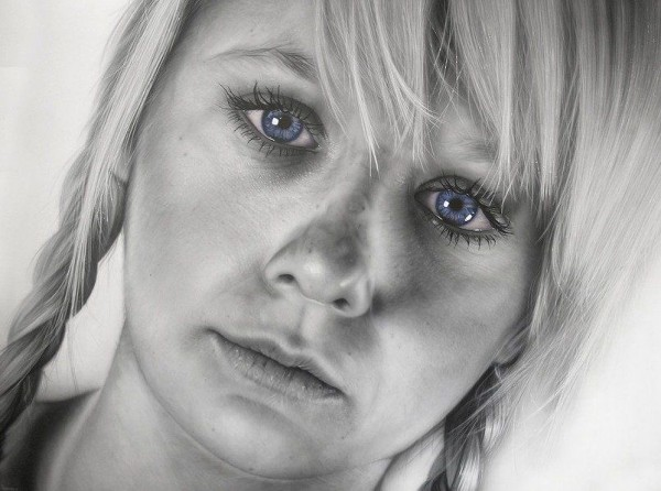 Hyper-realistic Portraits by Simon Hennessey