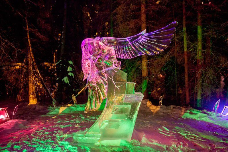 Amazing Sculptures Made out of a Single Block of Ice