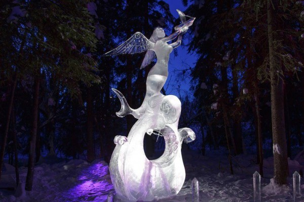 Sculptures Made of a Single Block of Ice