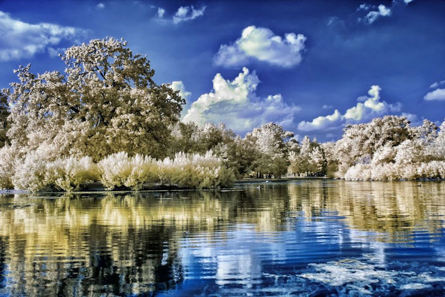 Fantastic Infrared Photography by Helios-Spada