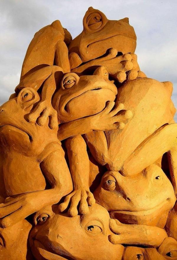 Creative Sand Sculptures by Susanne Ruseler