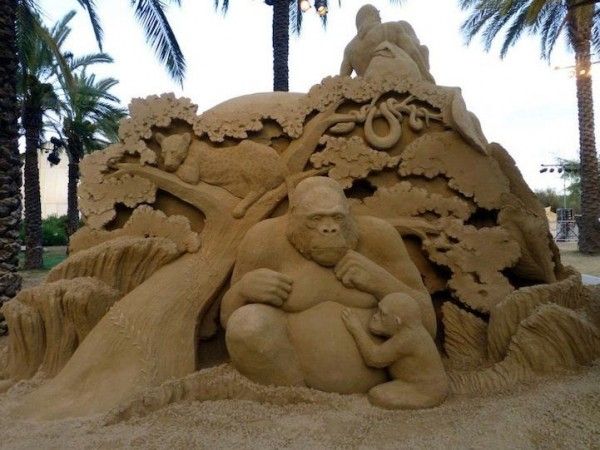 Creative Sand Sculptures by Susanne Ruseler