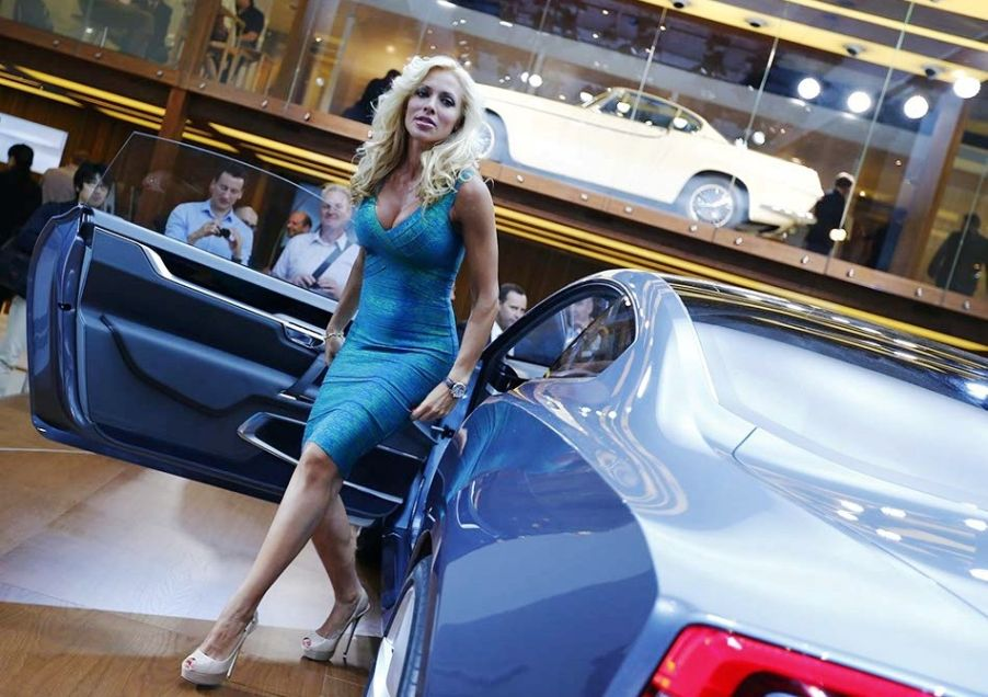 Girls and Cars Pictures
