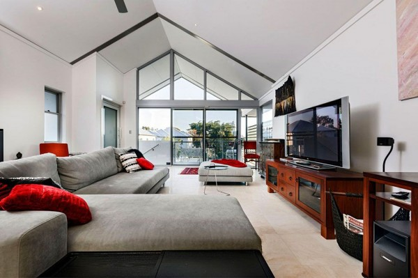 Chatsworth Home by Cambuild Architecture