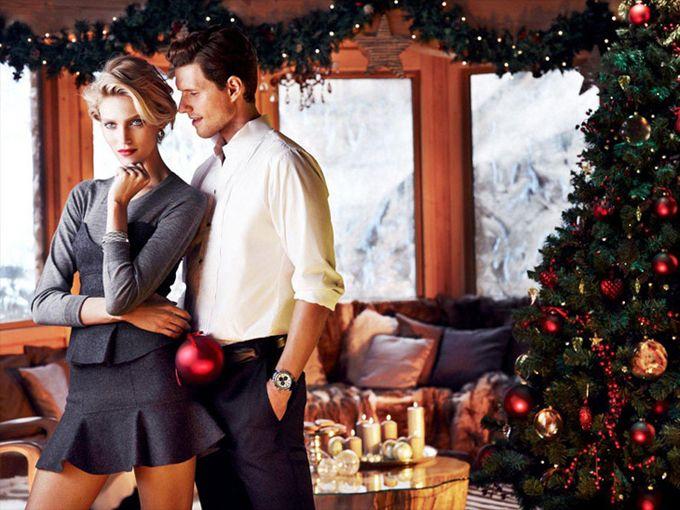 Anja Rubik in a Christmas photoset