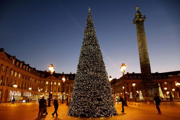 Beautiful Christmas tree on Place Vendome in Paris