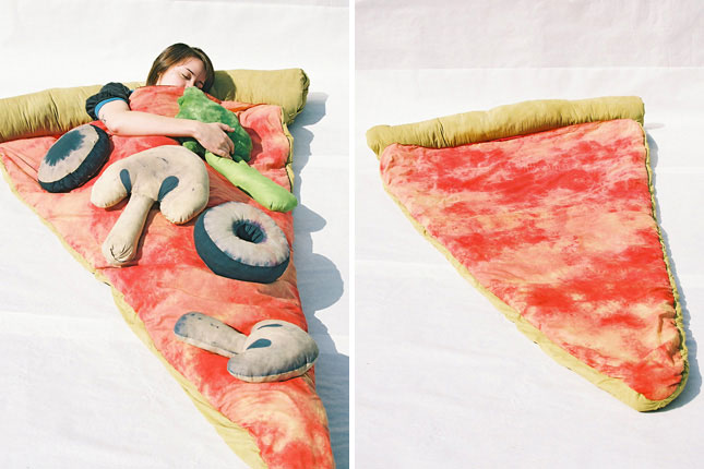 Sleeping bag for pizza lovers