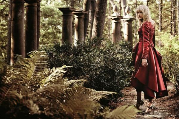 Taylor Swift Photoshoot for 'InStyle' Magazine