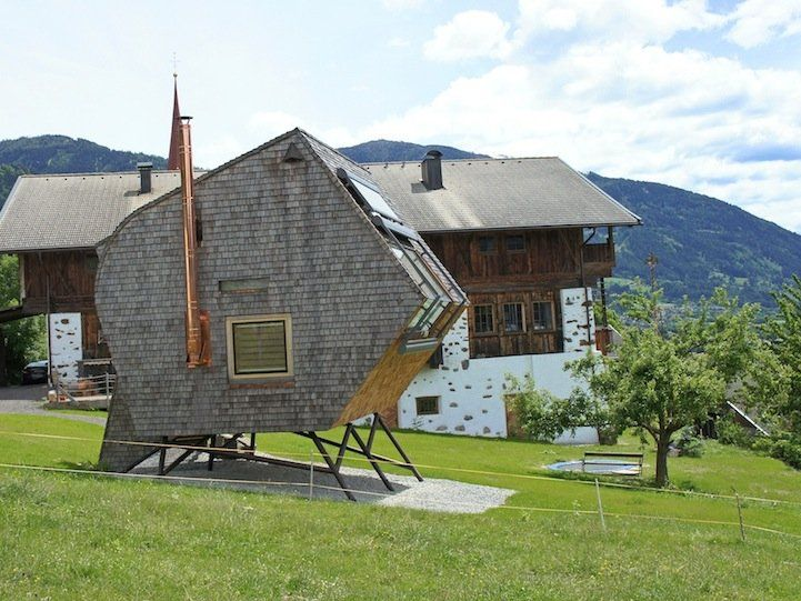 Ufogel: Compact Home Designed for Breathtaking Views of the Alps