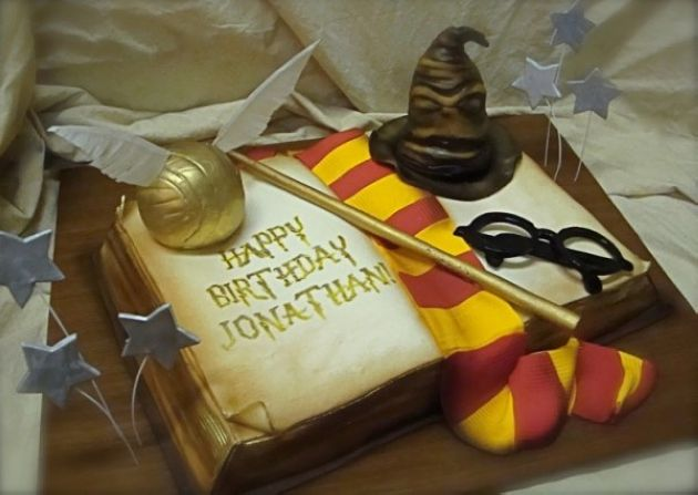 Whimsical Cakes by Debbie Goard