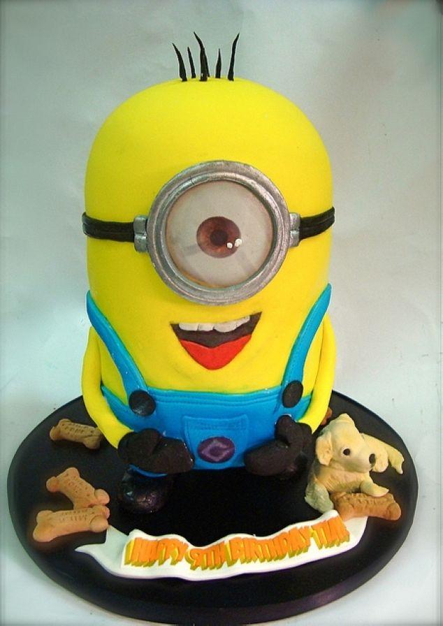 Amazing Cakes by Debbie Goard