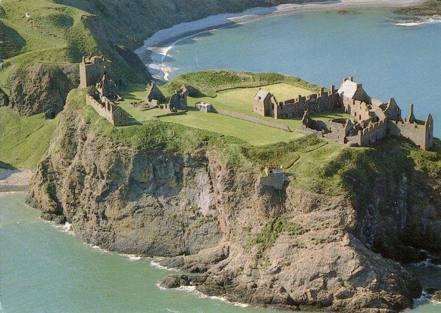 Dunnottar Castle – the Most Impregnable ...