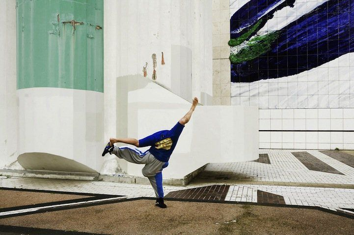 """Upside Down in a Fun Photo Project """"Head Over Heels"""""""