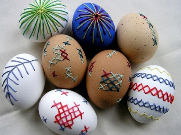 Use Dremel Tool to Drill a Drained Egg and Embroider It