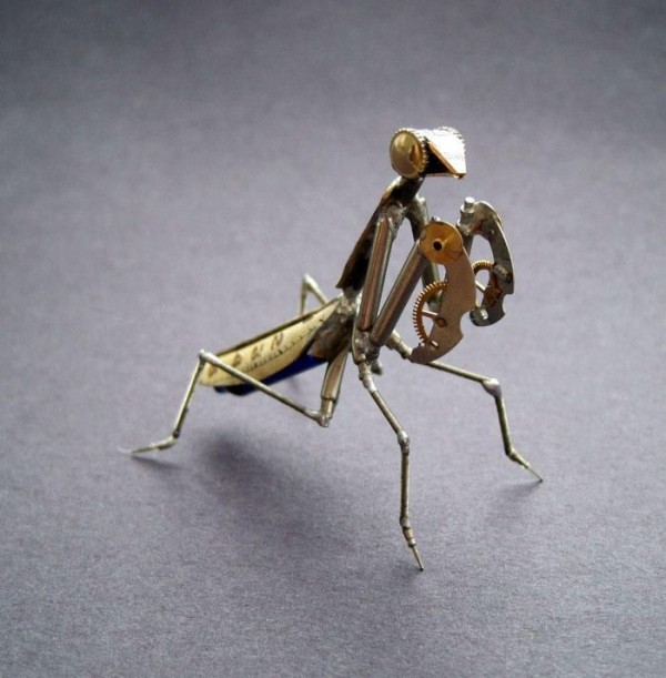 Mind-blowing Tiny Mechanical Insects Made out of Watch Parts