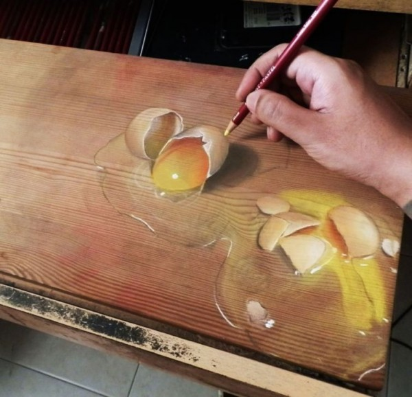 Hyper Realistic Paintings on Wood by Ivan Hoo