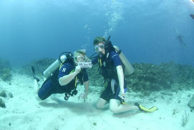 Underwater Marriage Proposal