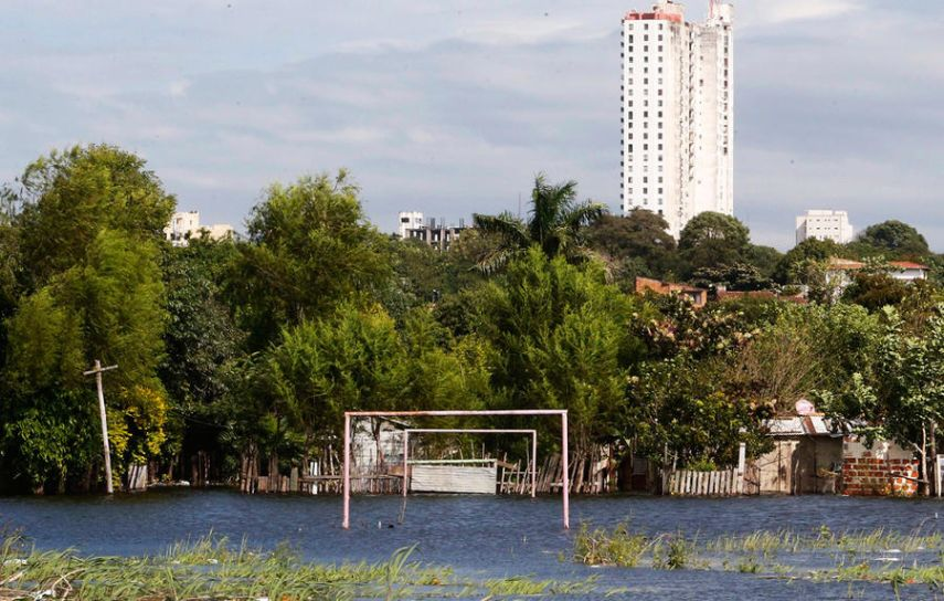 Flood on the river Paraguay, Asuncion, Paraguay. May 30, 2014